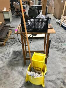 Mop Bucket, Router Table with Router