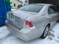 2007 Ford Fusion Passenger Car - 13