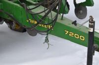 John Deere 7200 6 row corn planter - 3
