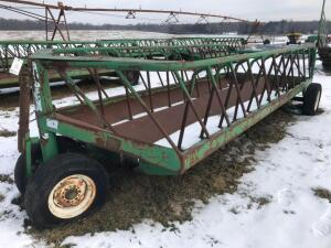 S.I. Feeders Tricycle Cattle Feed Wagon