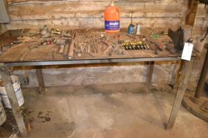heavy steal plate work bench with vice and contents
