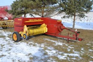 New Holland 316 baler