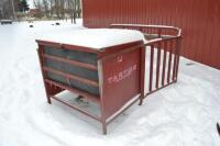 Tarter creep feeder - 2