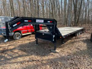 2013 Load Trail Gooseneck Trailer 32ft.