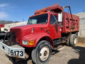 1999 International 4700 Truck, VIN # 1HTSCABR3XH588427