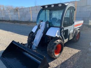 Bobcat toolcat 5600 showing 3606 hours