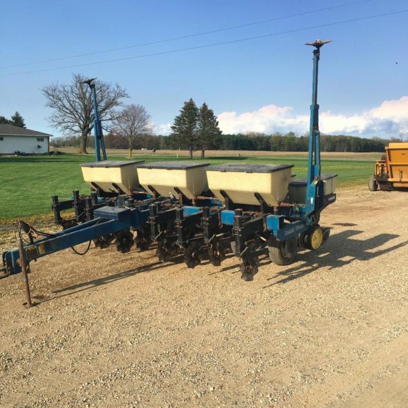 Kinze Model 2000 6 Row Double Frame No Till Planter