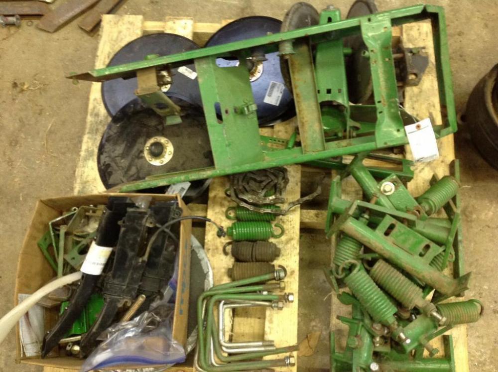 John Deere 7000 Corn Planter Parts