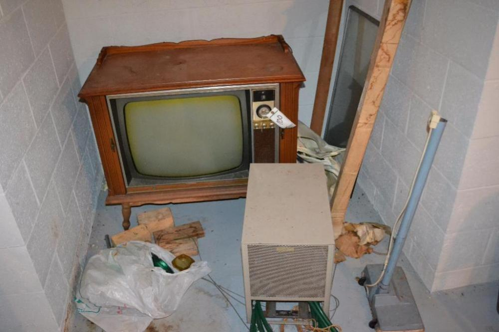 vintage tv and dehumidifier and misc