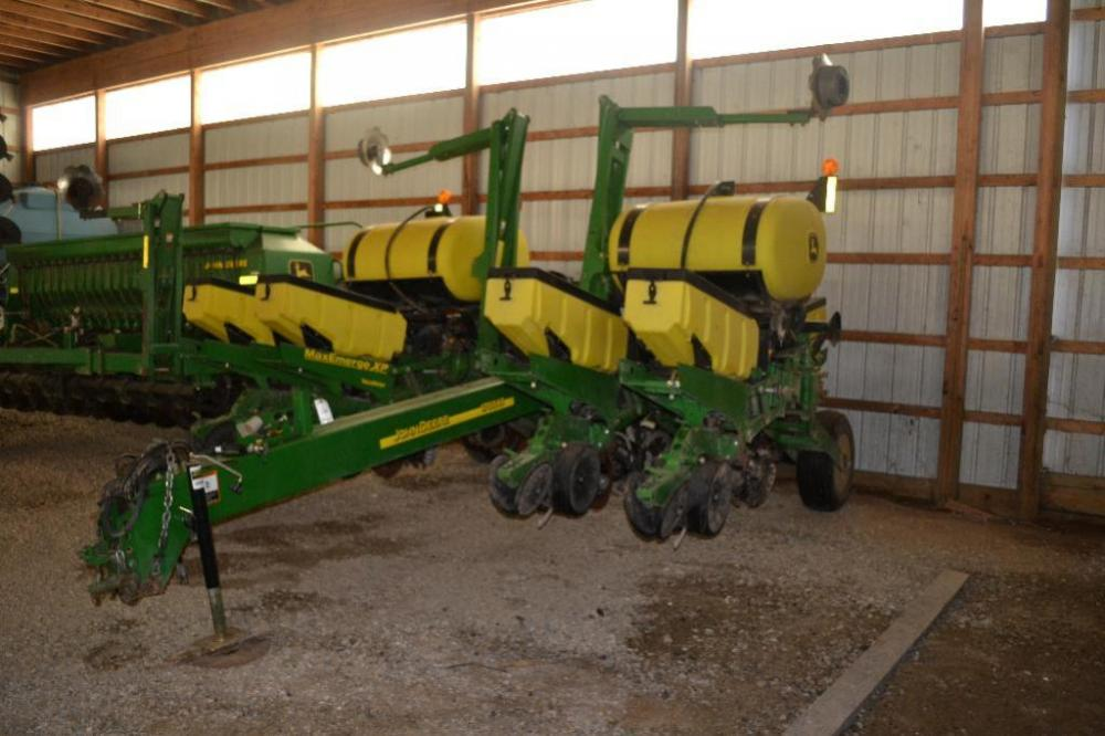 2008 John Deere 1760 Nt 8 Row Planter 30in Rows