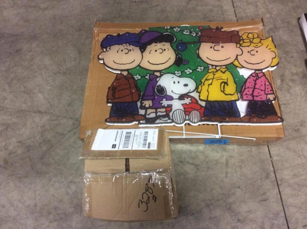 Lot 3287 of 638: Charlie Brown Christmas Decoration, 10' Santa & Reindeer Blow up Decoration