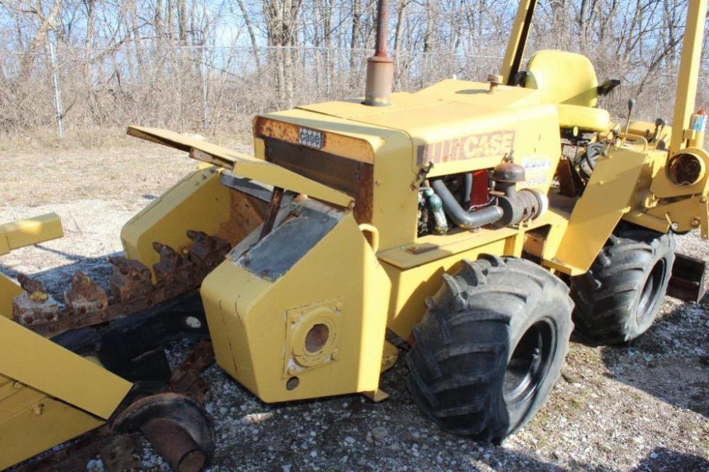 Case trencher/vibratory plow