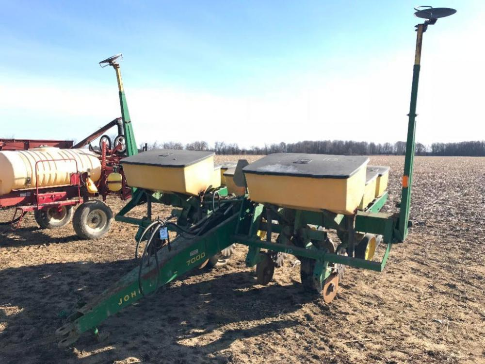 John Deere 7000 4 Row Planter