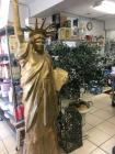 Decorative Items, Statue of Liberty, Small garden gate and Artificial Trees