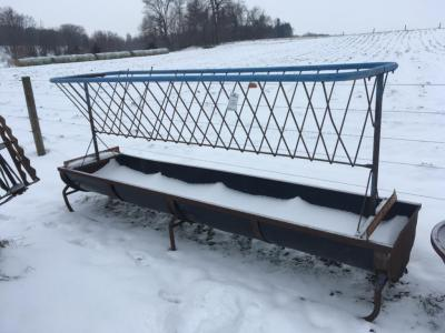 Cattle Feeder with Hay rack